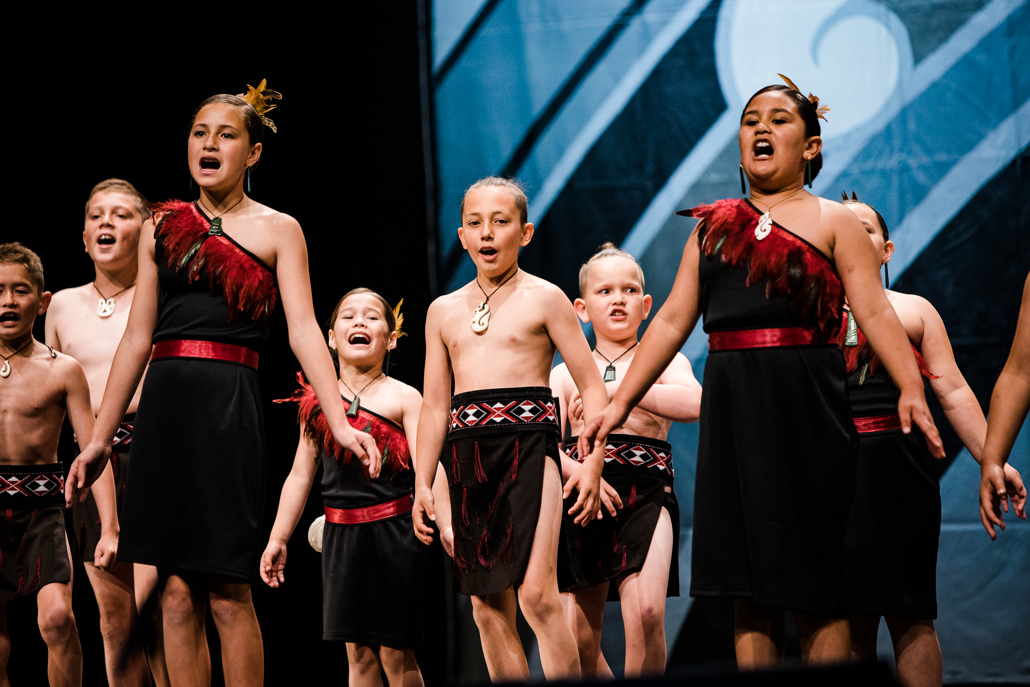 Hora Hora Primary School compete at Kapa Haka